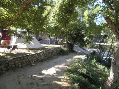 Matinale du 9 Août: Pierre Madelin (écrivain), Camping du «Pont Neuf» concert avec «Kétane» et Festi'Mômes de Langogne.