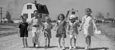 La Radio Des Aînés; L'enfance